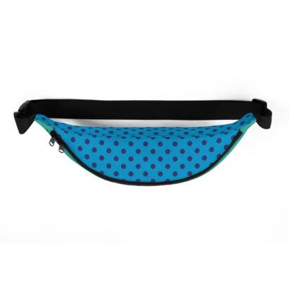 vue de dessus sac de taille avec pois bleus fond bleu